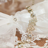 Wedding and bridal accessories - tips image